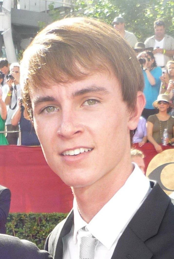 Ryan Kelley headshot 2009
