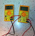 SE MM2003 Digital Multimeter VoltandAmp.jpg
