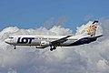 SP-LLE B737-45D LOT Chtrs PMI 25SEP10 (6310323141).jpg