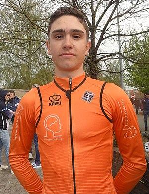 Saint-Amand-les-Eaux - Paris-Roubaix juniors, 14 avril 2019, départ (A084).JPG