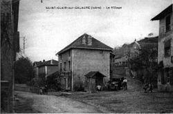 Saint-Clair-sur-Gallure, le village, 1912, p195 de L'Isère les 533 communes - photo Jacourt, Saint-Donat .jpg
