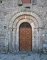Saint-Pierre-Église Église de Saint-Pierre apôtre Portail roman du clocher 2016 08 21.jpg