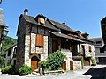 Sainte-Eulalie-d'Olt colombages (4).jpg