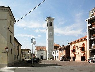 Salerano sul Lambro - Image: Salerano sul Lambro piazza Maggiore