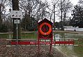 Schild und Rettungsring Hirschgarten.jpg