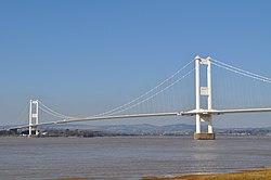Severn Bridge (M48) full view - geograph.org.uk - 1742850.jpg
