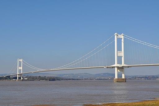 Severn Bridge (M48) full view - geograph.org.uk - 1742850