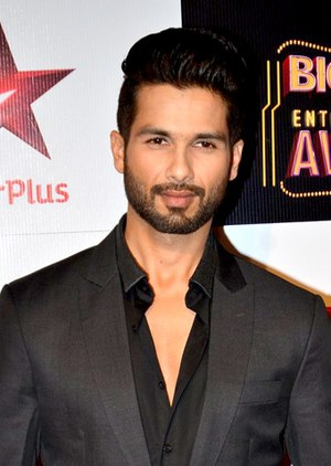 Shahid Kapoor - Kapoor at the BIG Star Entertainment Awards in 2014