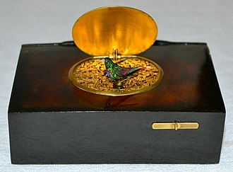 Tortoiseshell - French singing bird box with a case made out of tortoiseshell.