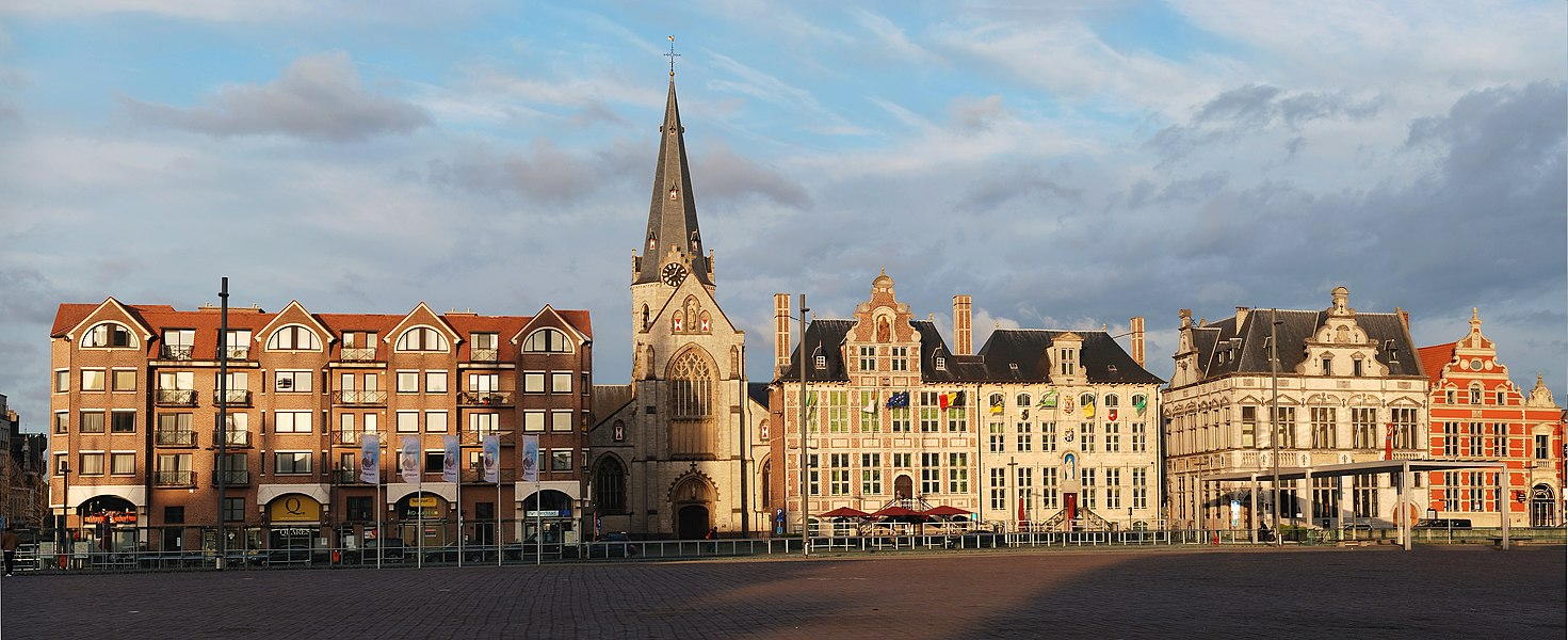 View of the Great Market (Grote Markt), Sint-Niklaas, Belgium