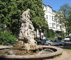 Friedenau - Friedenau: Deluge-Fountain at Perelsplatz