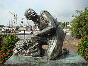 statue of fictive figure Hans Brinker by Gra R...