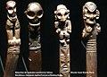 Spatules vomitoires du Musée du quai Branly.jpg