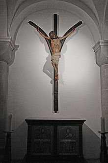 Forked cross in St. Mary's in the Capitol, Cologne St maria im kapitol gabelkreuz.jpg
