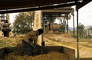 Shamva - Image: Stamp mill Zimbabwe