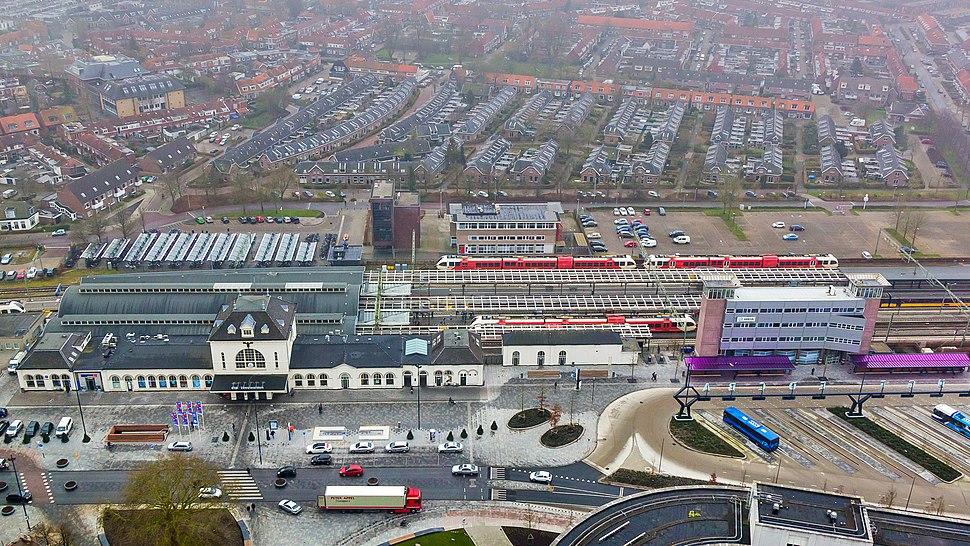 Station Leeuwarden, Stationsweg-8250