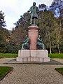 Statue of John Platt.jpg