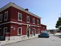 Esterno della stazione delle Ferrovie Appulo Lucane