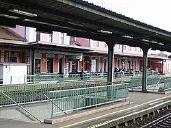 Sturovo sk zeleznicna stanica.jpg