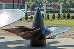 Submarine propeller (611-Л13-АБ26) in the Great Patriotic War Museum 5-jun-2014.jpg