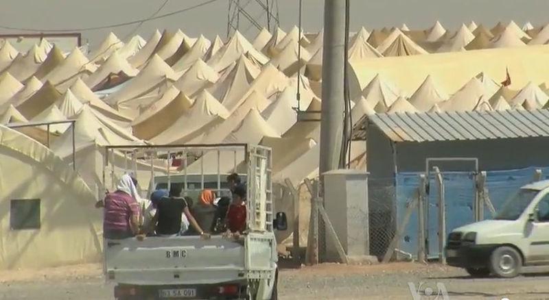 File:Syrian refugee camp on theTurkish border.jpg
