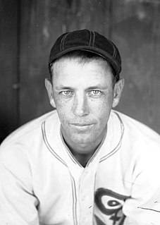Ted Lyons American baseball player and manager