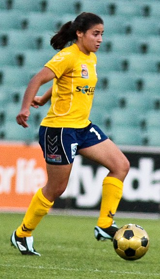 Teresa Polias - Polias playing for the Central Coast Mariners