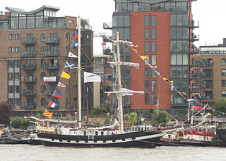 Thames Diamond Jubilee Pageant - Lady of Avenel (Netherlands)