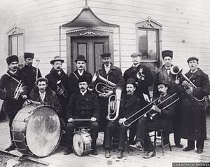 The French Counts of St Hubert, Saskatchewan - The Whitewood band, including some of the French aristocrats from St. Hubert, previously La Rolanderie, 1904