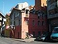 Top floor of old building looks distressed (18188830904).jpg