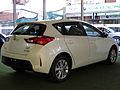 Toyota Auris 1.6 LEi 2015 (16972511925).jpg