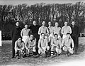 Traditionele wedstrijd tussen HFC en de oud-internationals (4-4). Het elftal oud, Bestanddeelnr 903-1592.jpg