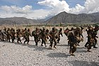 Training Afghan soldiers in Kandahar -b