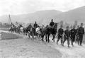 Transport des Essens zur Truppe mit Pferdefuhrwerken - CH-BAR - 3238721.tif