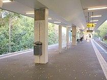 U-Bahn Berlin Scharnweberstraße.JPG