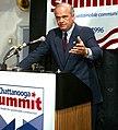 U.S. Sen. Fred Thompson Chattanooga Summit 1996 (22710951365) (cropped).jpg