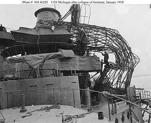 USS Michigan (BB-27) - Image: USS Michigan BB 27 collapsed cage foremast