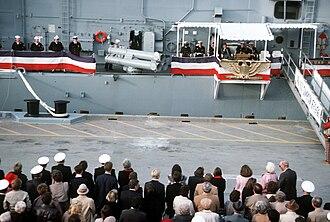 USS Simpson (FFG-56) - Image: USS Simpson (FFG 56) during commissioning