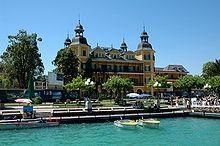 Hotel Castello Lake Front Restaurant