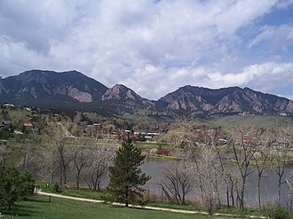 Flatirons - View of Flatirons from Fairview High School in southern Boulder