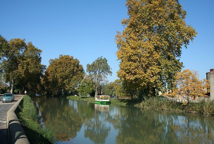 Villeneuve-lès-Béziers (Hérault) - Canal du Midi.