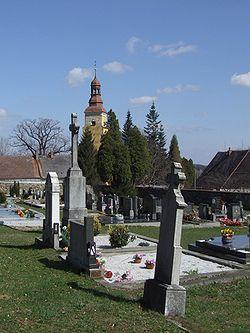 Vlčice (Wildschütz) - cemetery.jpg