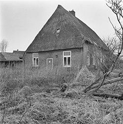 Voor- en zijgevel - Bruntinge - 20044593 - RCE.jpg