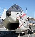 Vought F-8 Crusader 4 (15406969947).jpg