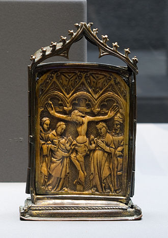 Pax (liturgical object) - Ivory pax with Crucifixion, Germany or France, 15th century