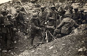Seventh Battle of the Isonzo - Italian troops with a captured Austrian machine gun