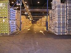 Centro de distribuci n wikipedia la enciclopedia libre - Distribucion de salones ...