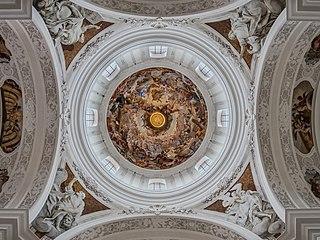 Weingarten Basilika Kuppel 1080038-PSD.jpg