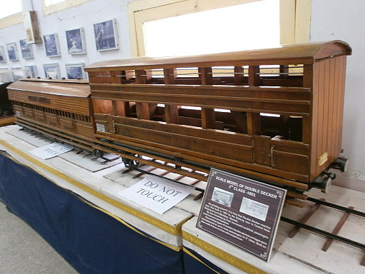 Wooden-Train-Double-Decker-Model