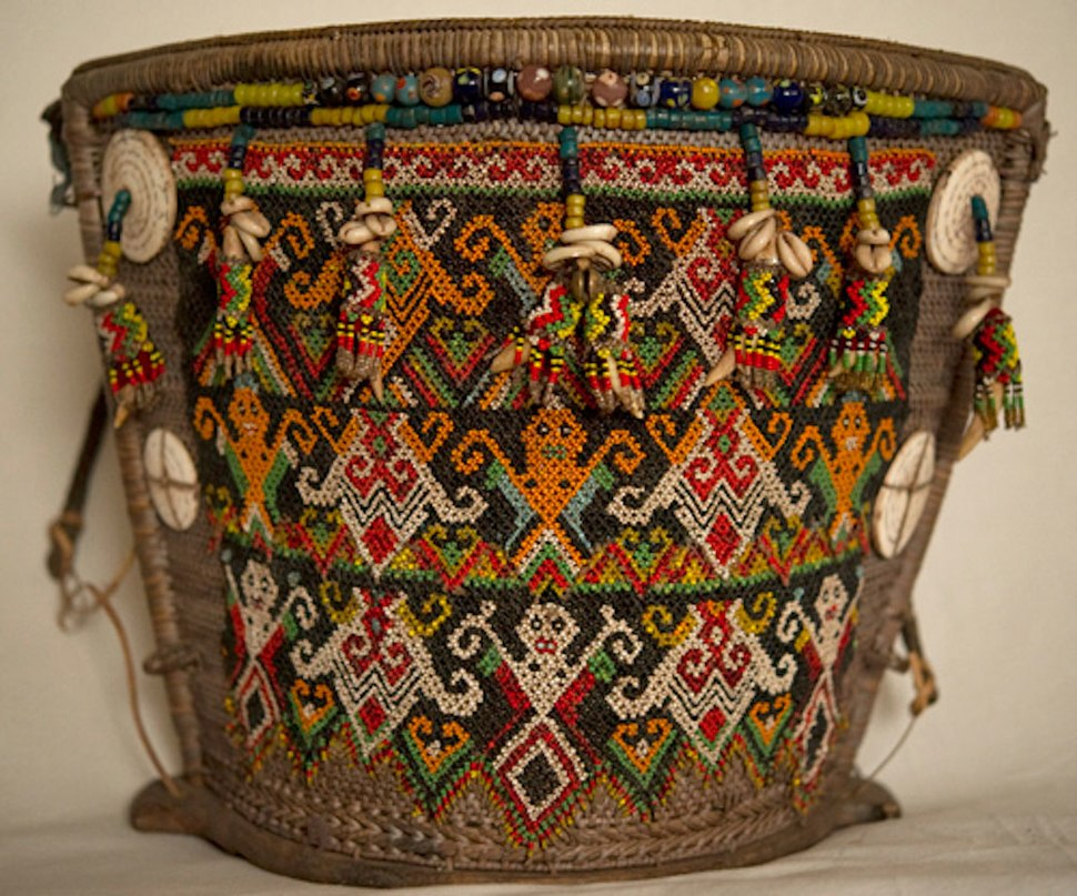 Wovensouls-Dayak-Baby-Carrier-Old